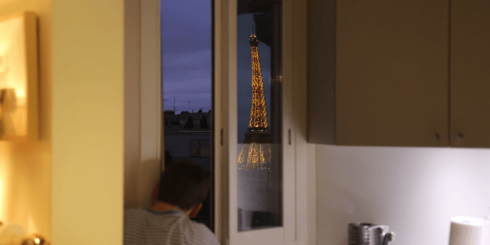 Man Builds Periscope to See Eiffel Tower From His Bed