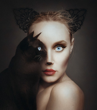 Striking Self-Portraits Replace One Eye with an Animal's
