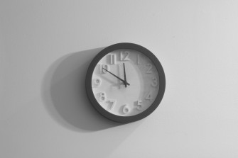 Life Hack: The 1-Minute Rule Will Save Your Sanity