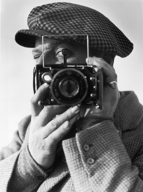 John Chaloner Woods was a fashion photographer by trade. Here he turns the lens on himself in 1938.