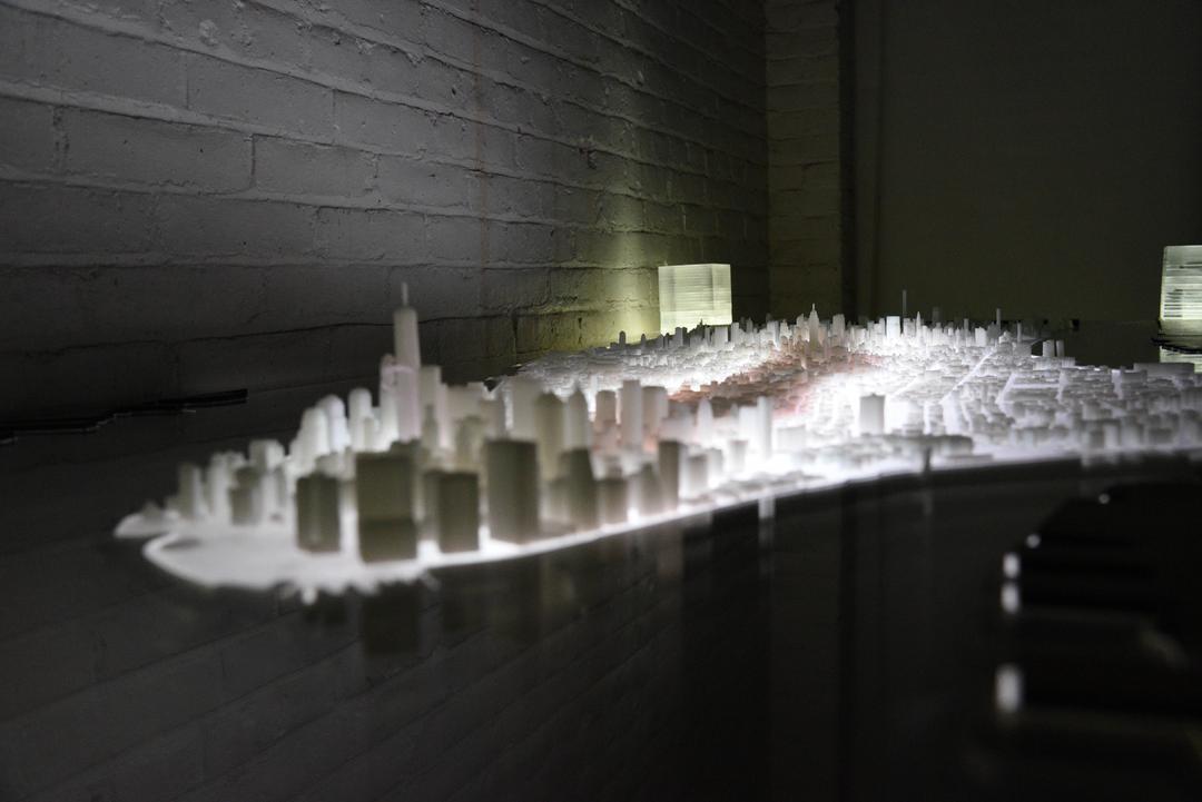 Manhattan Desk 2