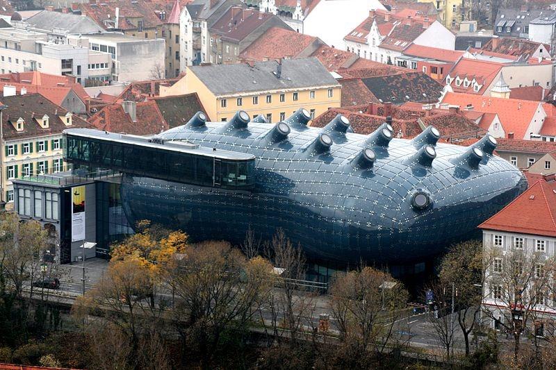 Kunsthaus Graz Art Museum. Photo via: Marion Schneider & Christoph Aistleitner/Wikimedia