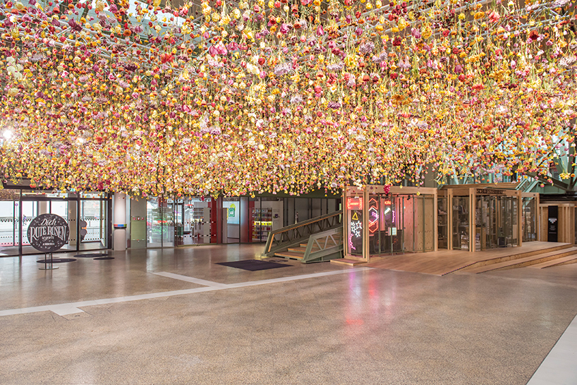 rebecca-louise-law-floral-installation-garten-bikini-berlin-concept-mall-designboom-04