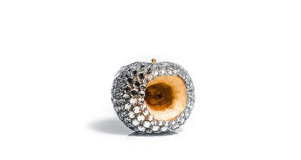 Rotten-Fruits-with-Diamonds4-900x550