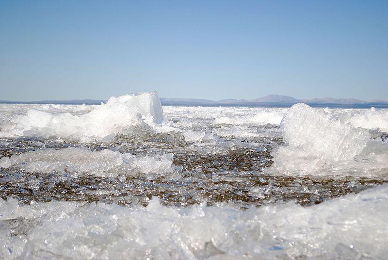 Data Viz of Low Arctic Sea Ice Volume, by Ed Hawkins