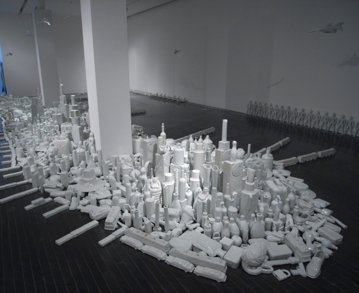 Liu Jianhua: Regular Fragile, 2002-10